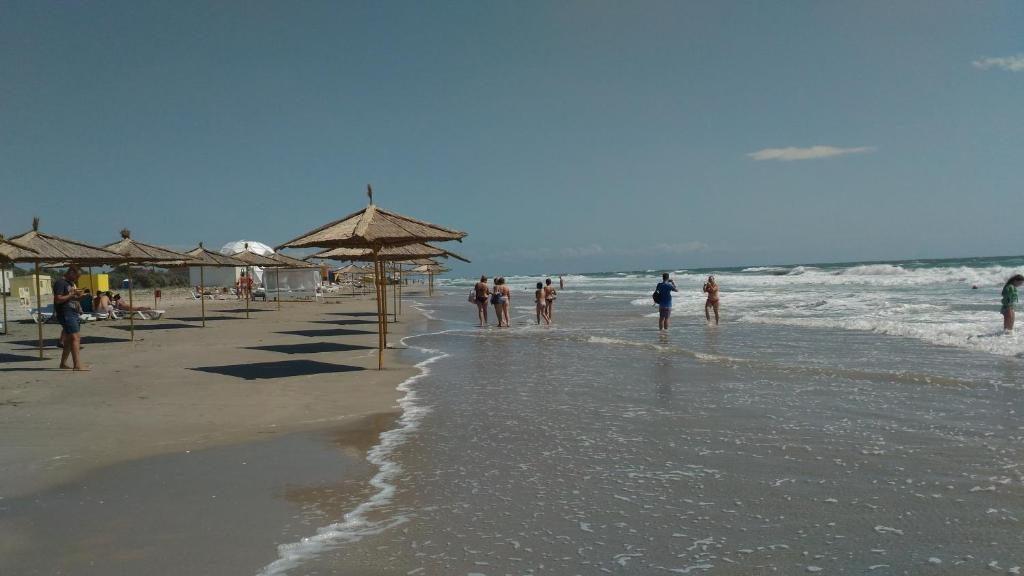 Поселок Штормовое: пляжи, жилье и развлечения