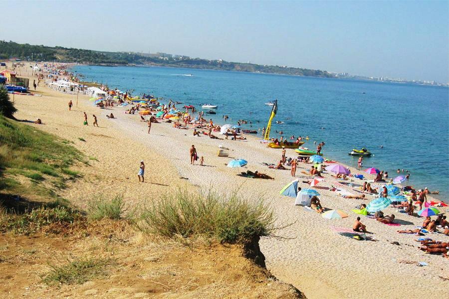 Центральные пляжи «Любимовка» и «Любимовка-3»