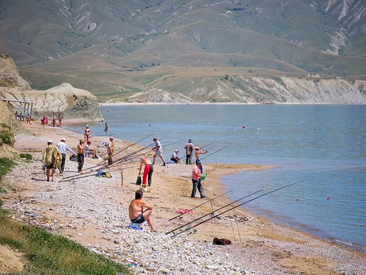 Все о рыбалке в Крыму. Самые рыбные места: море, озера, реки. Сезон ловли и что можно поймать