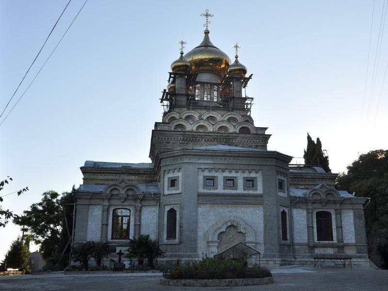 Храм Архангела Михаила в Крыму как добраться на машине c vprokate.su