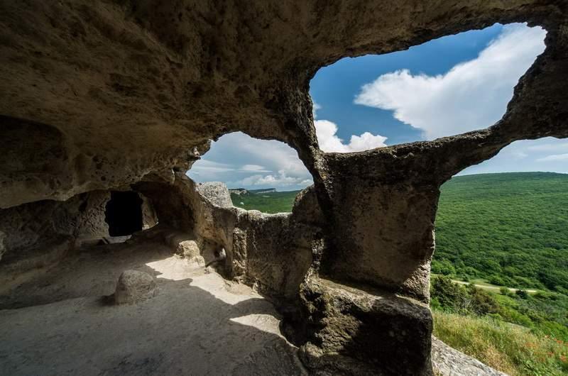 Пещерный город Эски-Кермен с vprokate.su